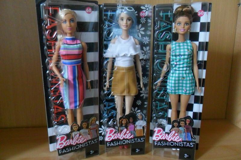 Mon premier amour poupesque : Barbie (Marni Senofonte, X Files et fashionistas) - Page 4 Sam_5711