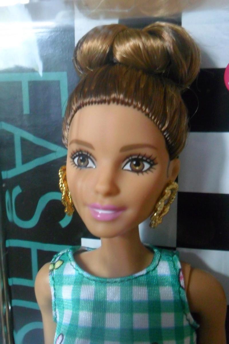 Mon premier amour poupesque : Barbie (Marni Senofonte, X Files et fashionistas) - Page 4 Sam_5712
