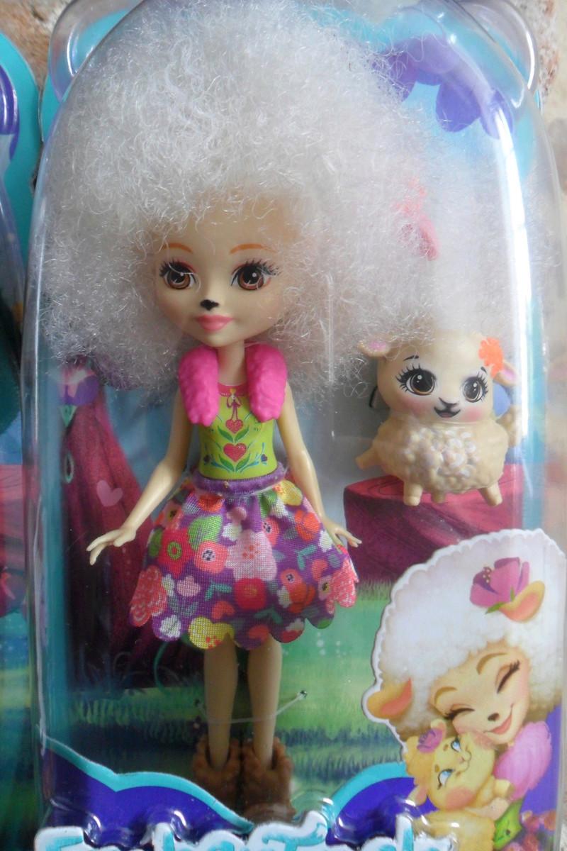 Mon premier amour poupesque : Barbie (Marni Senofonte, X Files et fashionistas) - Page 4 Sam_5725