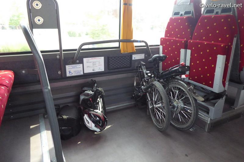 Bus : France - Belgique (Mons-Maubeuge) 2017-011