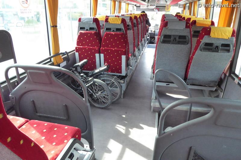 Bus : France - Belgique (Mons-Maubeuge) 2017-012