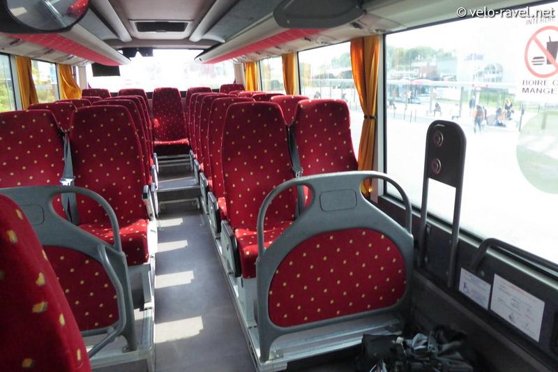 Bus : France - Belgique (Mons-Maubeuge) 2017-013