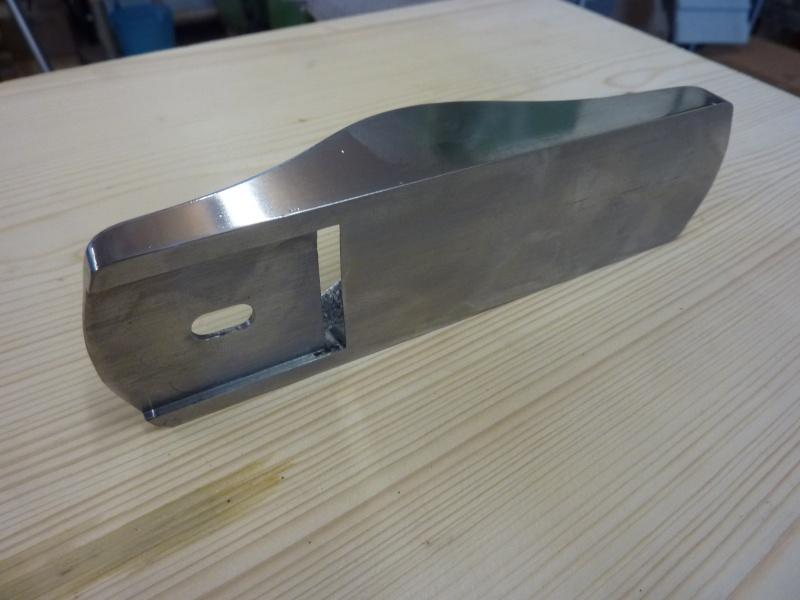 Mes créations de rabots en métal !! P1030132