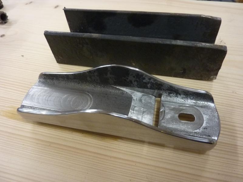 Mes créations de rabots en métal !! P1030135