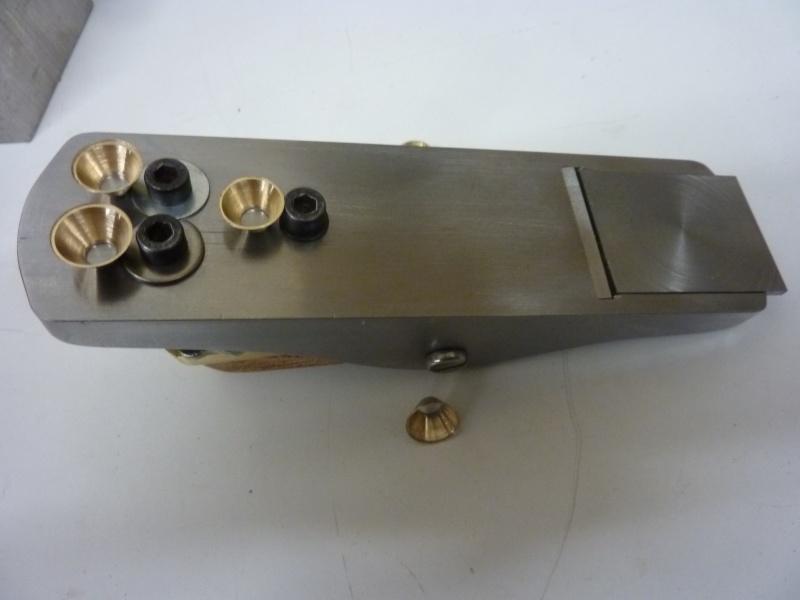 Mes créations de rabots en métal !! - Page 6 P1030427