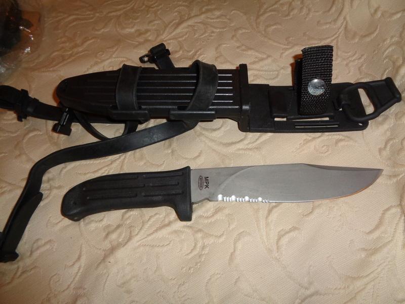 Unknown Markings On A Mission MPK Knife Dsc06911