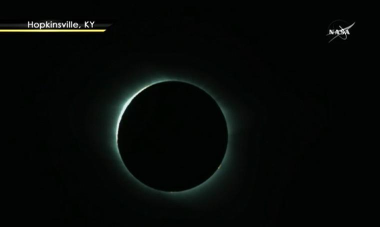 L'éclipse en direct Captur76