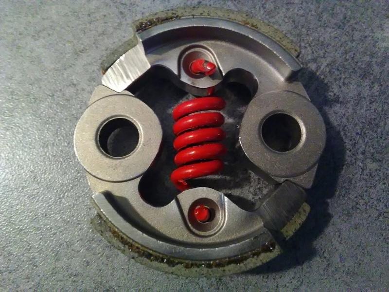 Embrayage allégé et support ventilé spécial 32cc Img_2013