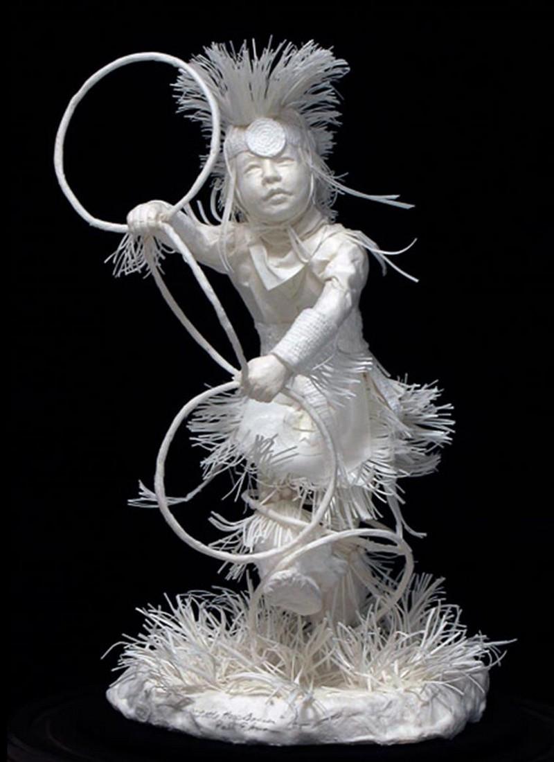 Scènes amérindiennes  : sculptures en papier Captu182