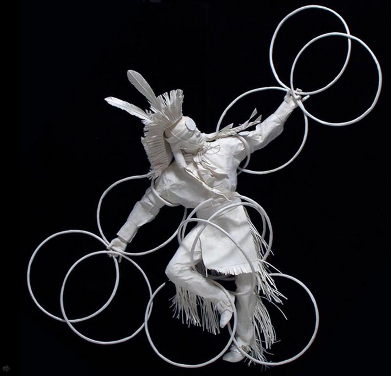 Scènes amérindiennes  : sculptures en papier Captu184