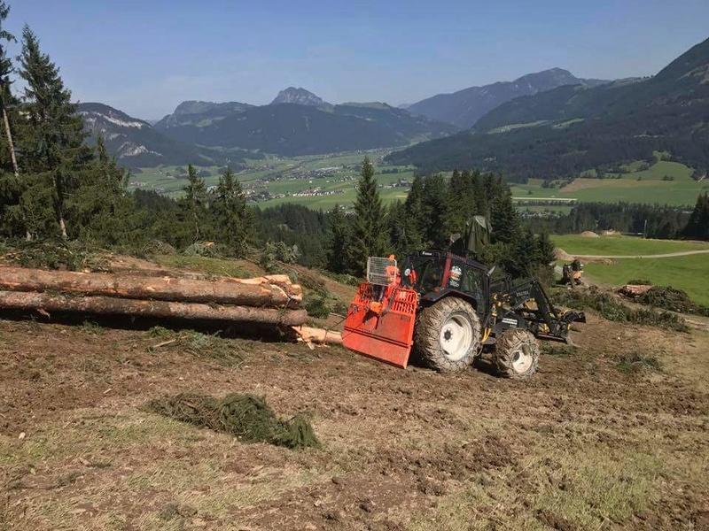 Tracteurs agricoles équipées forestier 21325810