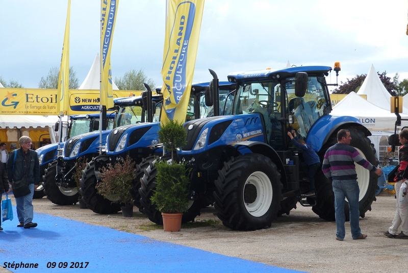New Holland (Italie) - Page 4 Foire_41