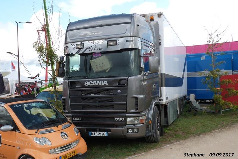 Les Camions des forains - Page 6 Foire_63