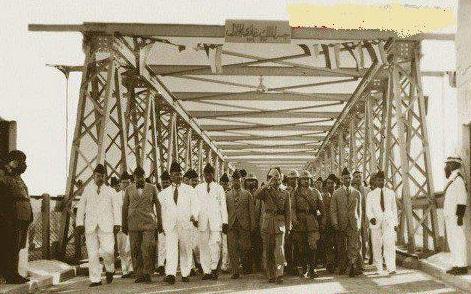 صورة تاريخية جميلة للملك غازي ملك العراق الاسبق 1933-1939 Eu_aa_11