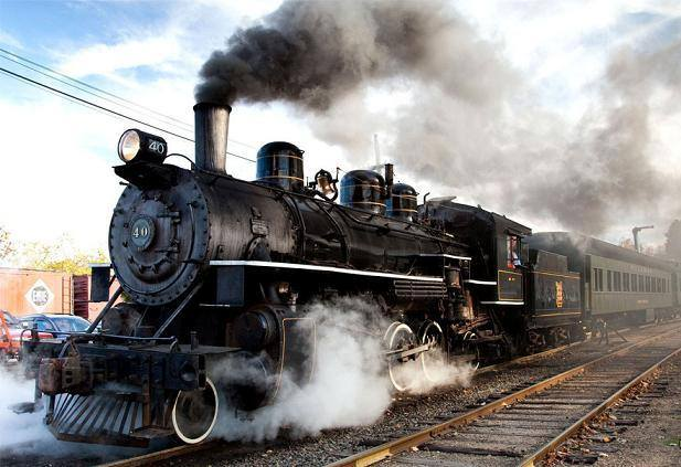 أول رحلة تم تسييرها كانت من بغداد إلى سميكة الدجيل إلى الجنوب من مدينة سامراء عام 1914 Uo_o_o10