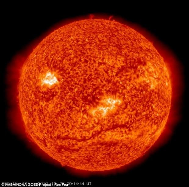 """Dielli na e """"bën me sy"""", si për të treguar se fundi i botës ishte një keqkuptim Cf38a_10"""