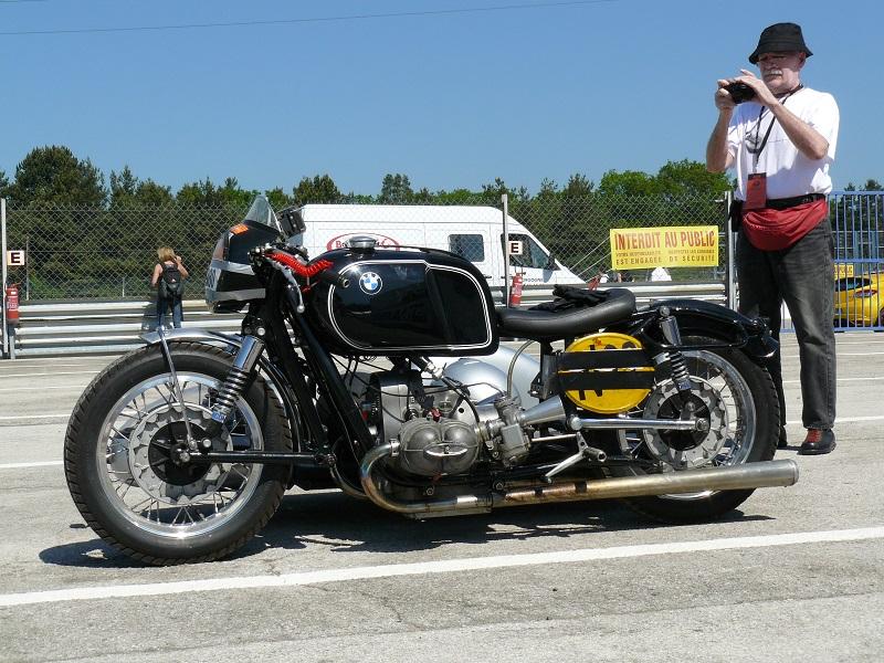 Votre plus belle moto du monde. - Page 3 P1070410