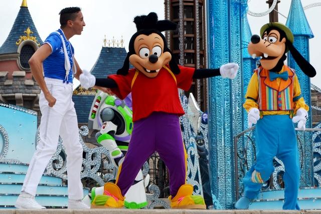 Vos photos avec les Personnages Disney - Page 2 Dsc_1618