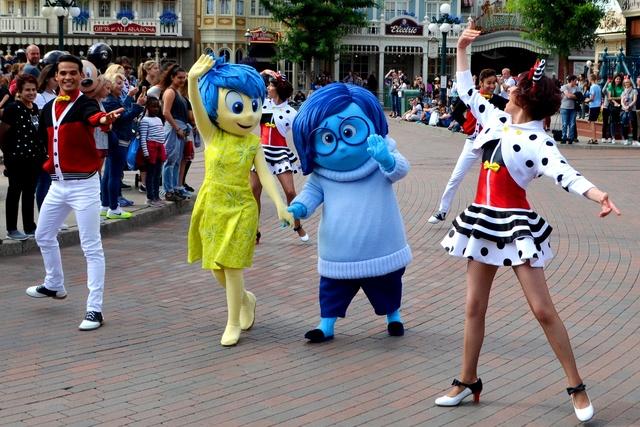 Vos photos avec les Personnages Disney - Page 2 Dsc_2012