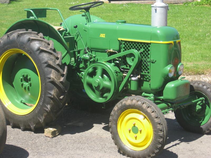 350 photos de vieux tracteurs Img_3810