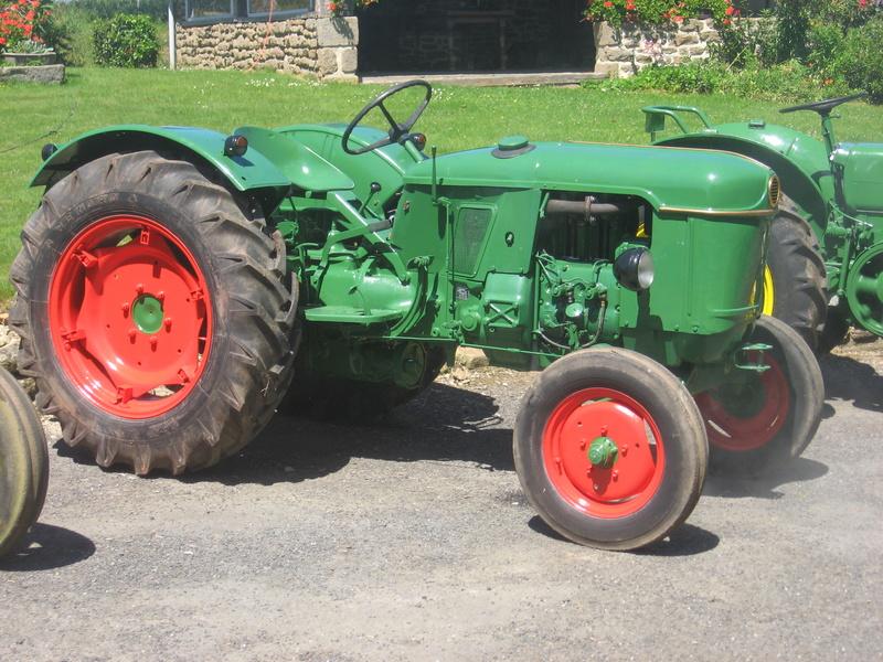 350 photos de vieux tracteurs Img_3811