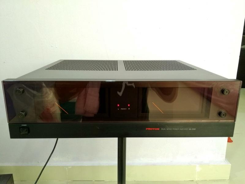 Proton AA-2120 Dual-Mono Power Amplifier Img_2015