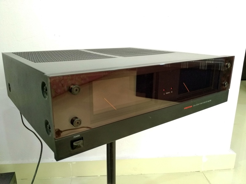 Proton AA-2120 Dual-Mono Power Amplifier Img_2016