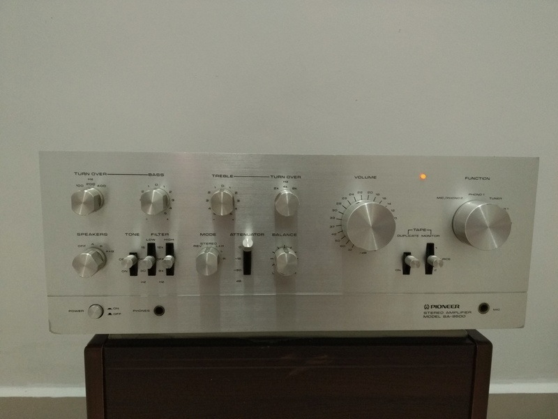 Vintage Pioneer SA-9500 stereo Integrated Amplifier Img_2078