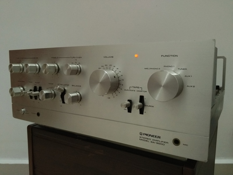 Vintage Pioneer SA-9500 stereo Integrated Amplifier Img_2079