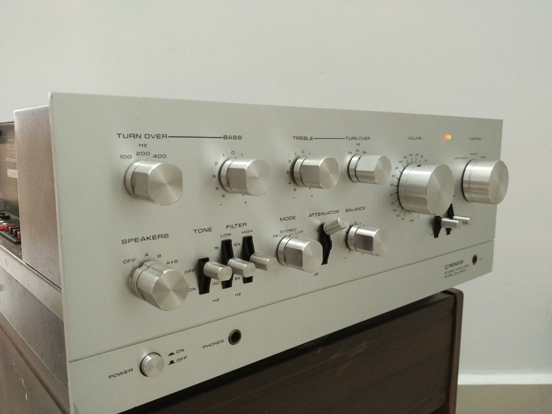 Vintage Pioneer SA-9500 stereo Integrated Amplifier Img_2082