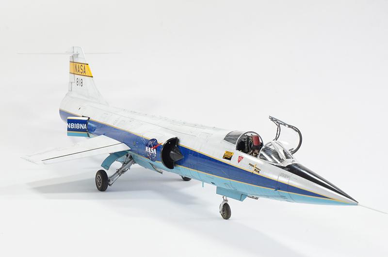 NASA F104 - Italeri Dsc01210