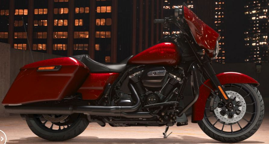 Street Glide 2018 VS Street Glide Special 2018 - Page 4 212