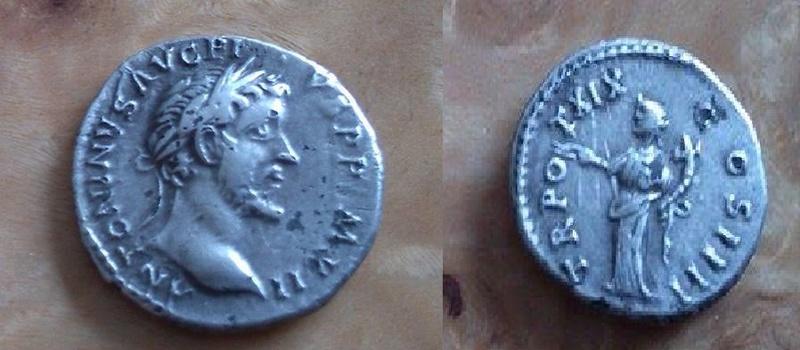 Denier d'Antonin le Pieux à déterminer Denier13