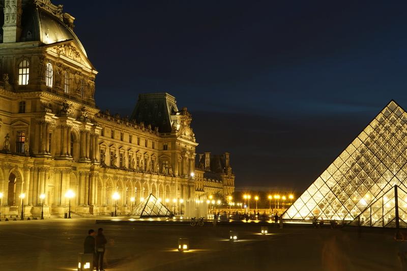 Pyramides du Louvres 2 Dsc01613
