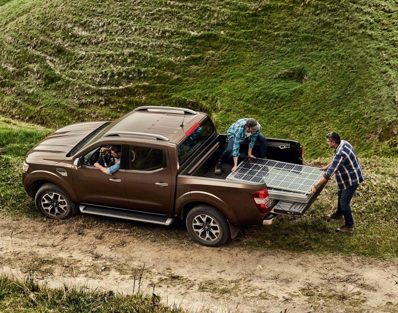 2016 - [Renault] Alaskan [U60] - Page 7 000711