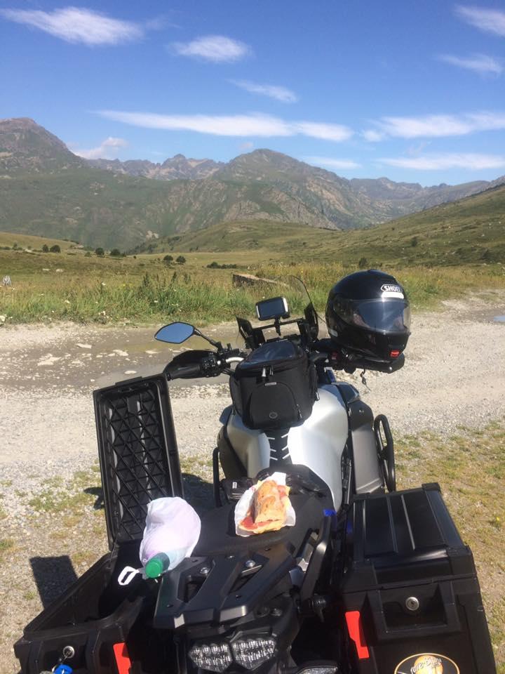 Vos plus belles photos de moto - Page 14 20265010