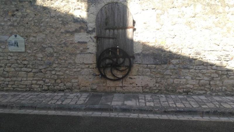 Les pompes à eau de nos villages Img_2027