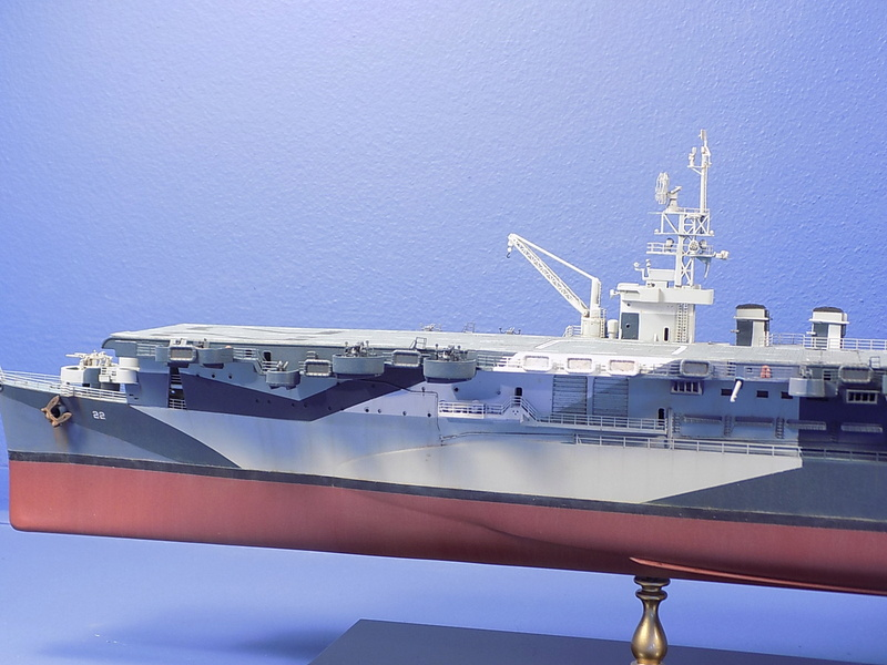 USS INDEPENDENCE CVL22 DRAGON 1/350 - Page 7 Dscn0525