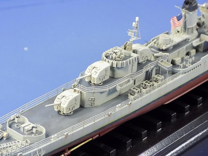 USS KIDD Fletcher Class Destroyer DD-661 Trumpeter 1/350 Dscn0836