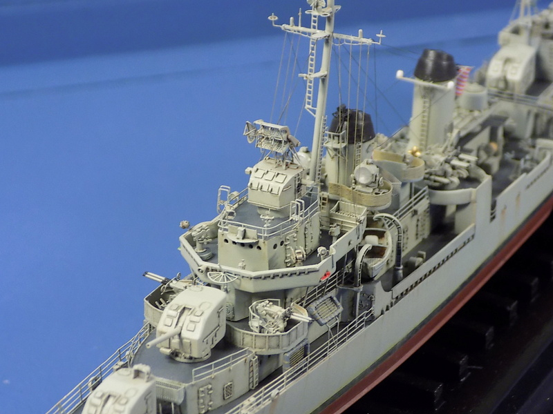 USS KIDD Fletcher Class Destroyer DD-661 Trumpeter 1/350 Dscn0839