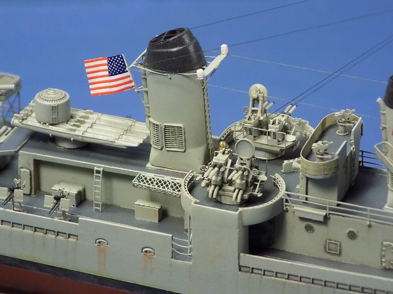 USS KIDD Fletcher Class Destroyer DD-661 Trumpeter 1/350 Dscn0843