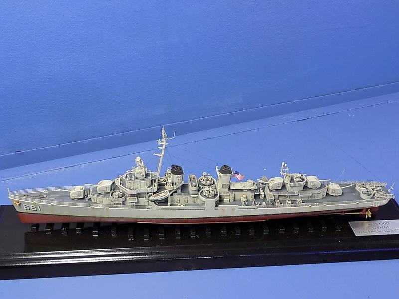 USS KIDD Fletcher Class Destroyer DD-661 Trumpeter 1/350 Dscn0911