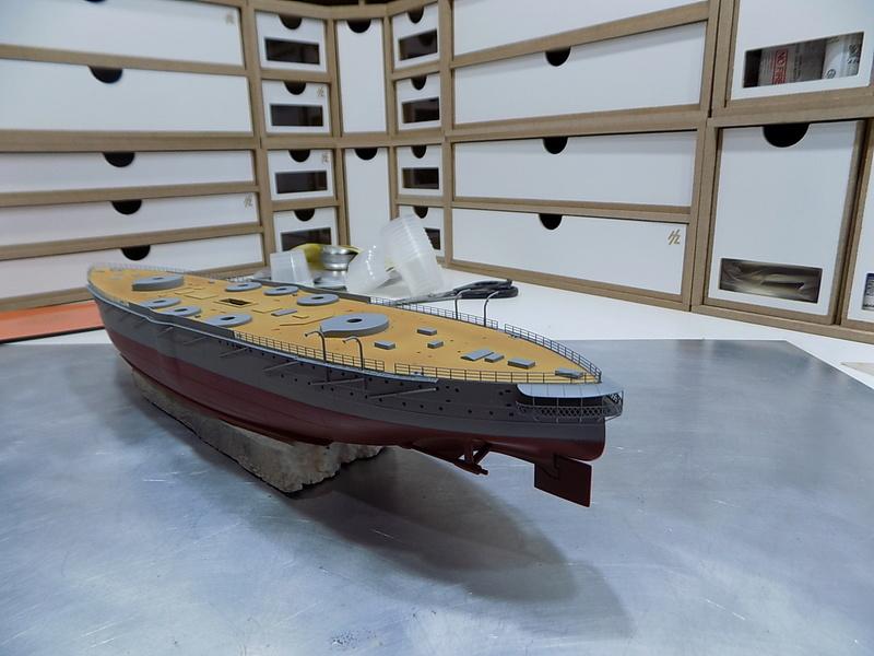 HMS LORD NELSON Hobbyboss 1/350ème Dscn0918