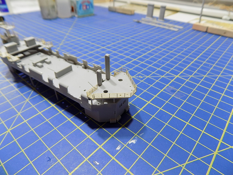 HMS LORD NELSON Hobbyboss 1/350ème - Page 2 Dscn0925