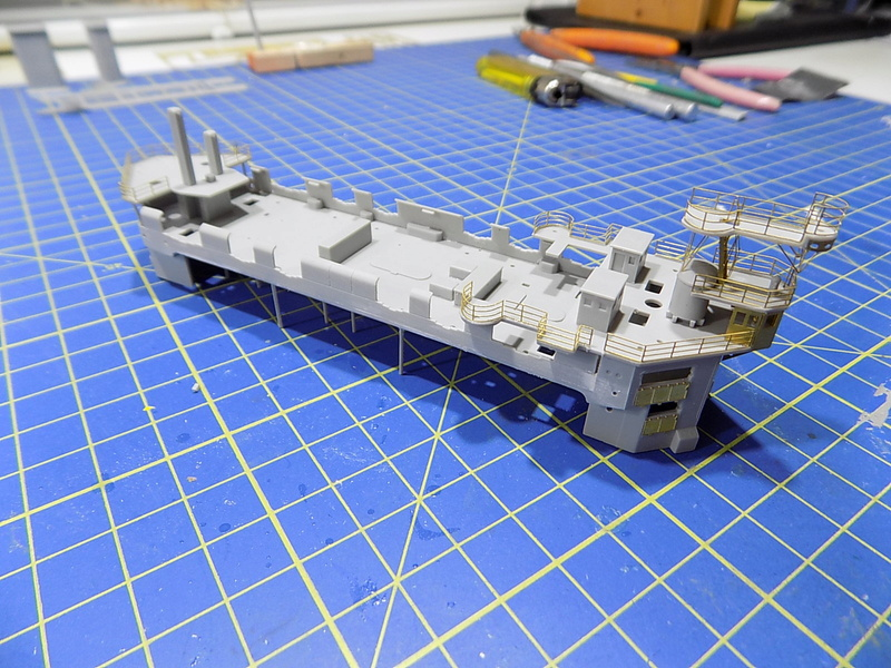 HMS LORD NELSON Hobbyboss 1/350ème - Page 2 Dscn0926
