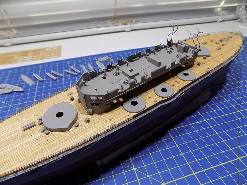 HMS Lord Nelson (Hobby Boss 1/350°) par horos - Page 2 Dscn0942