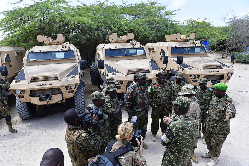 Armée Ougandaise/Uganda Peoples Defence Force (UPDF) - Page 5 1080