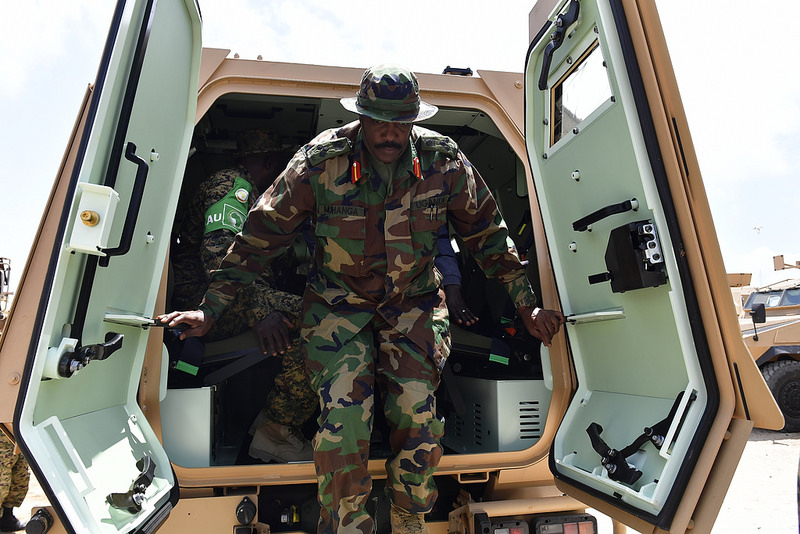 Armée Ougandaise/Uganda Peoples Defence Force (UPDF) - Page 5 1259