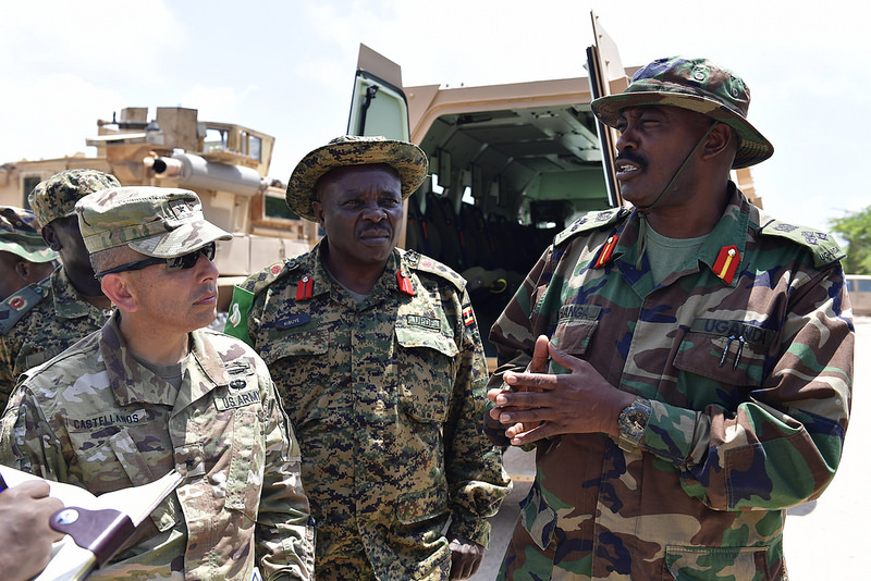 Armée Ougandaise/Uganda Peoples Defence Force (UPDF) - Page 5 1448
