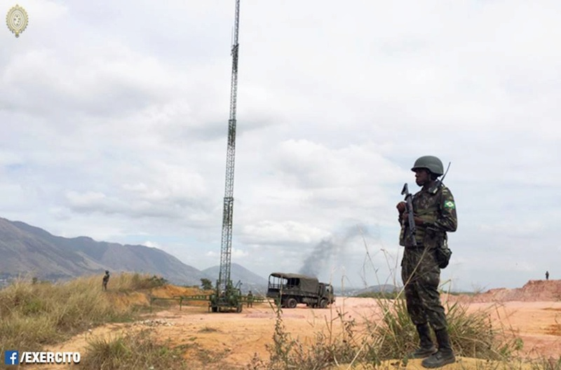 Armée Brésilienne/Brazilian Armed Forces/Forças Armadas Brasileiras - Page 32 2014